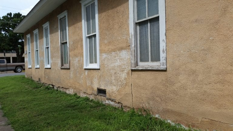 Stucco-Repair-Before-01